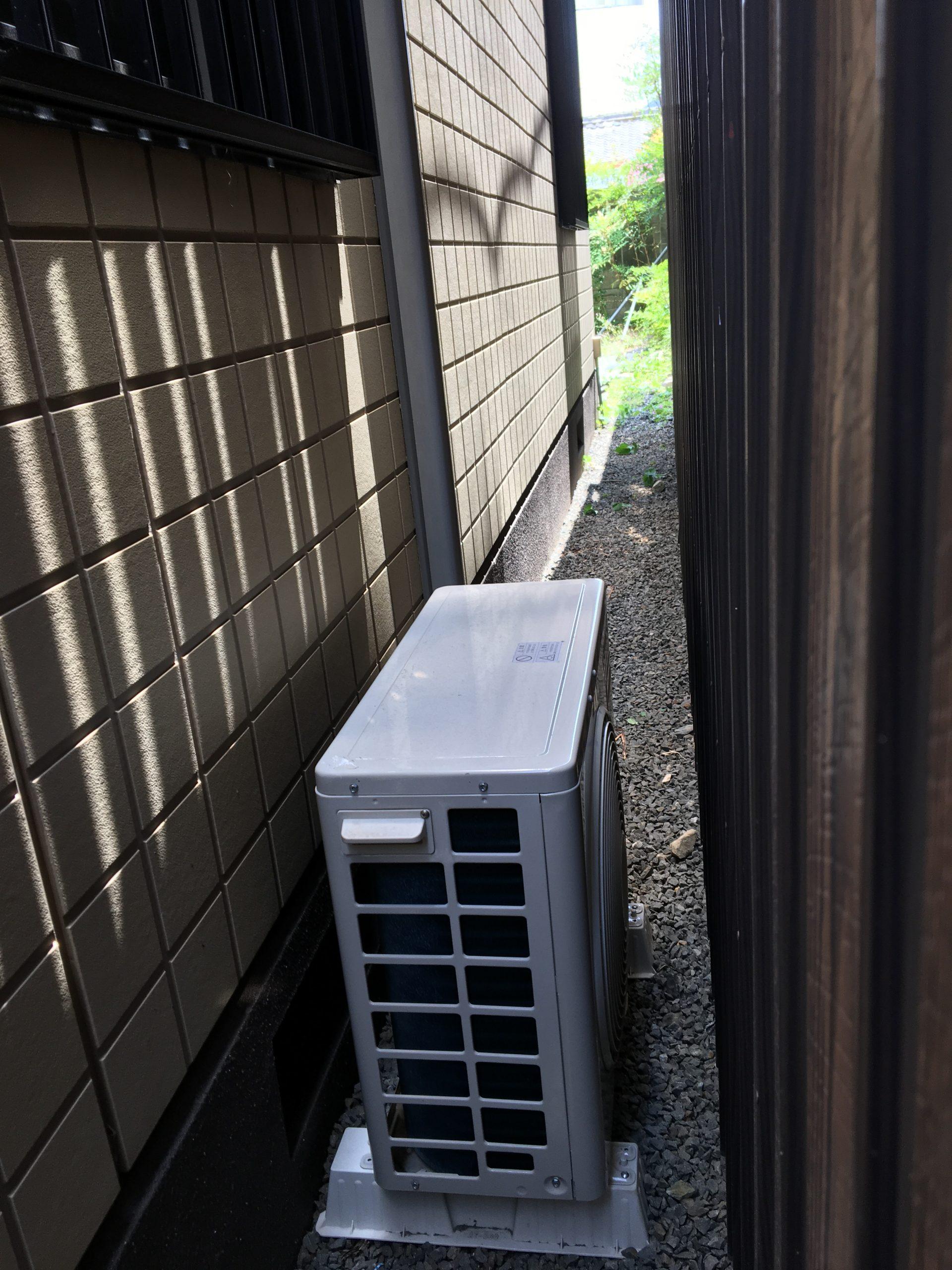 滋賀県大津市の中古エアコンの取り付け作業/引っ越しで取り付けできていないエアコンはありませんか?当店なら引っ越しもエアコンもお安く実施可能です【ご依頼】